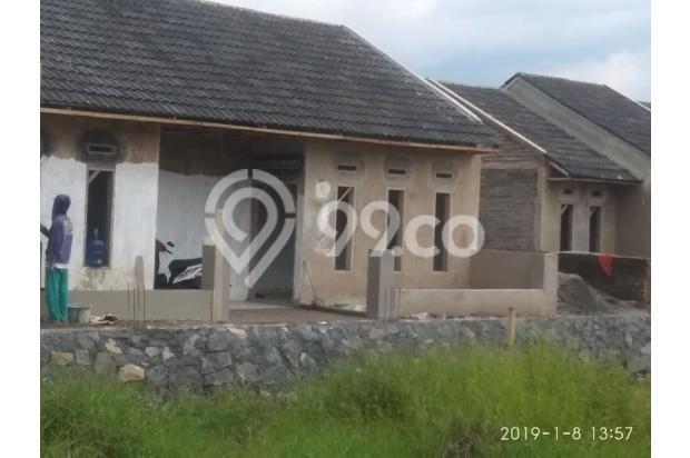 rumah minimalis terbaru dan strategis harga ekonomis 22354407