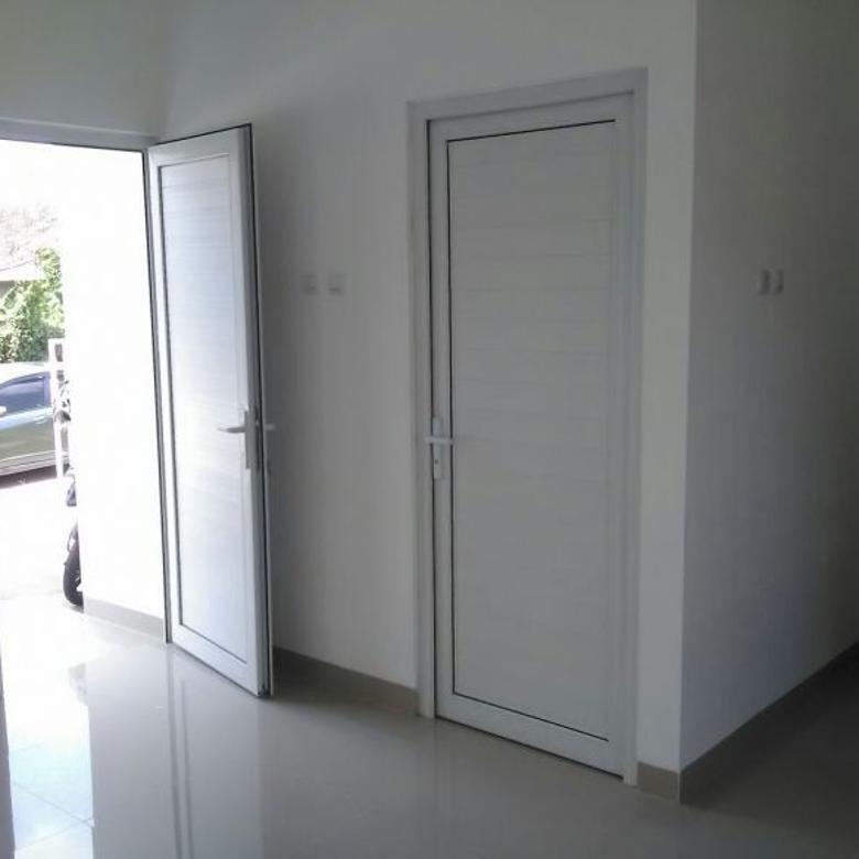 Dijual Rumah Baru Strategis di Griya Cinere 1, Depok