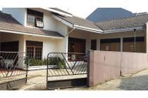 Rumah Besar di Jalan Pesantren Cimahi Murah