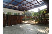 Dijual Rumah Luas dan Tingkat di Jalan Ismaya Cinere, Depok