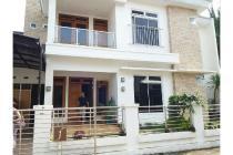 Dijual Rumah Mewah Semi Furnished di Damai Sleman