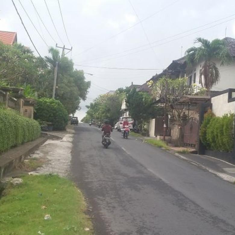 Tanah siap bangun  pinggir jalan  gatsu barat denpasar