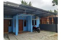 Rumah Biru di Lingkungan Asri Tirtoadi Cebongan