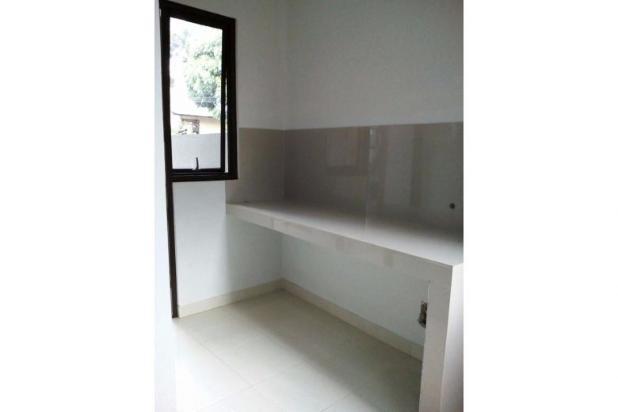 Rumah 2 lantai, baru dan sangat strategis di Bintaro, Jakarta Selatan 9842156