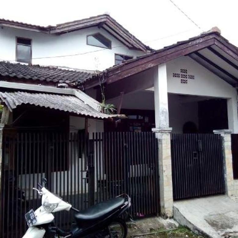 Dijual rumah 2 lantai dekat jalan utama di Cimahi