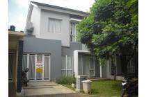 Rumah mewah siap huni dengan lingkungan asri Foresta BSD