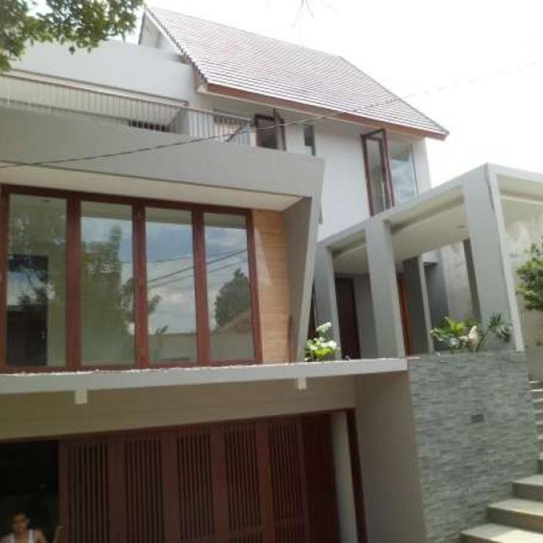 Dijual Rumah Strategis di Kebagusan, Jakarta Selatan PH004
