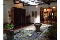 Dijual Rumah Gaya Bali di Cipete, Puri Sakti, Jakarta Selatan