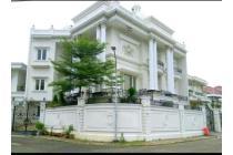 Rumah Hoek Klasik 4 lantai di Villa Gading Indah - Kelapa Gading