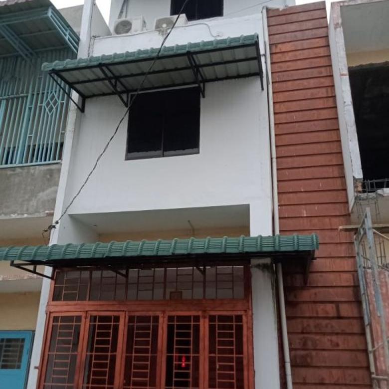 Rumah di Komplek Pelangi Asri ( Dekat Cemara Hijau )