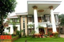 BIG VILLA IN JAKARTA-BEKASI IS FOR CHEAP SALE - SUITABLE FOR EXPAT