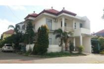 Dijual rumah bagus,banting harga,hook,2 lantai,Griya Kencana,nego.