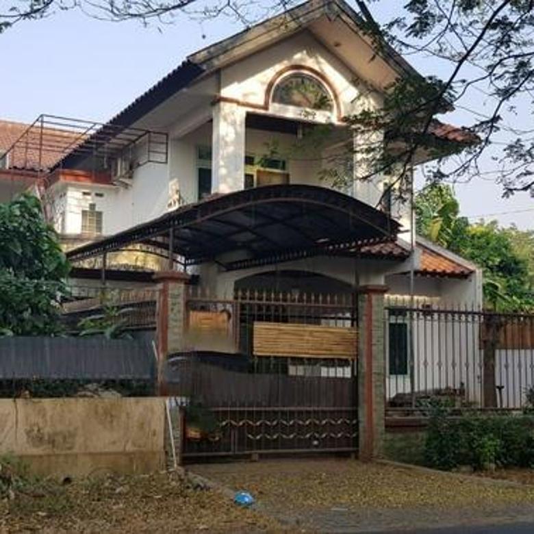 Rumah 2Lt di Griya Loka Cocok Untuk Hotel & Kantor di Bsd