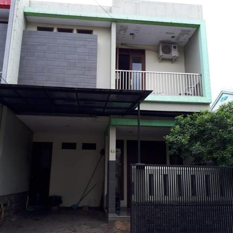 Harus Laku - Rumah 2  Lantai Naman Regency
