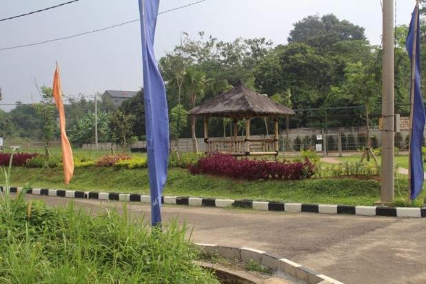 Rumah Mewah Luas & Nyaman Kristal Garden Cibinong dekat Stasiun KRL & Tol 15146114