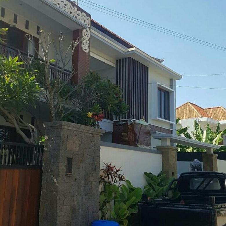di jual istimewa rumah style Villa di saur denpasar