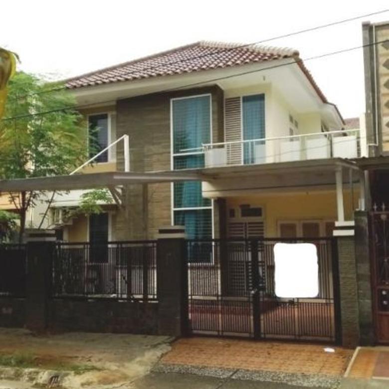 Rumah 2 Lantai LT 200 KT 4+1 di Taman Modern, Cakung