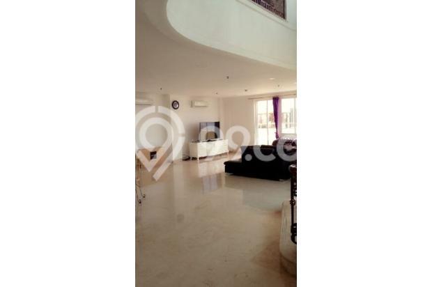 disewakan apartment penthouse lantai paling atas dalam 2 lantai apt sunda k 13961012