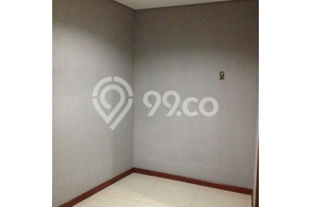 Ruang utk walk-in Closet di kamar tidur utama 4942193