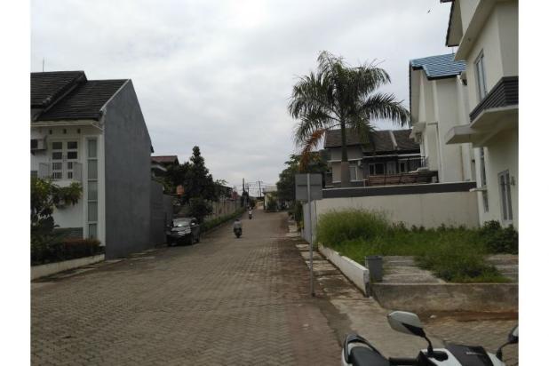 Rumah Mewah dijual Dekat dengan Lapangan Udara Pd.Cabe 9586982