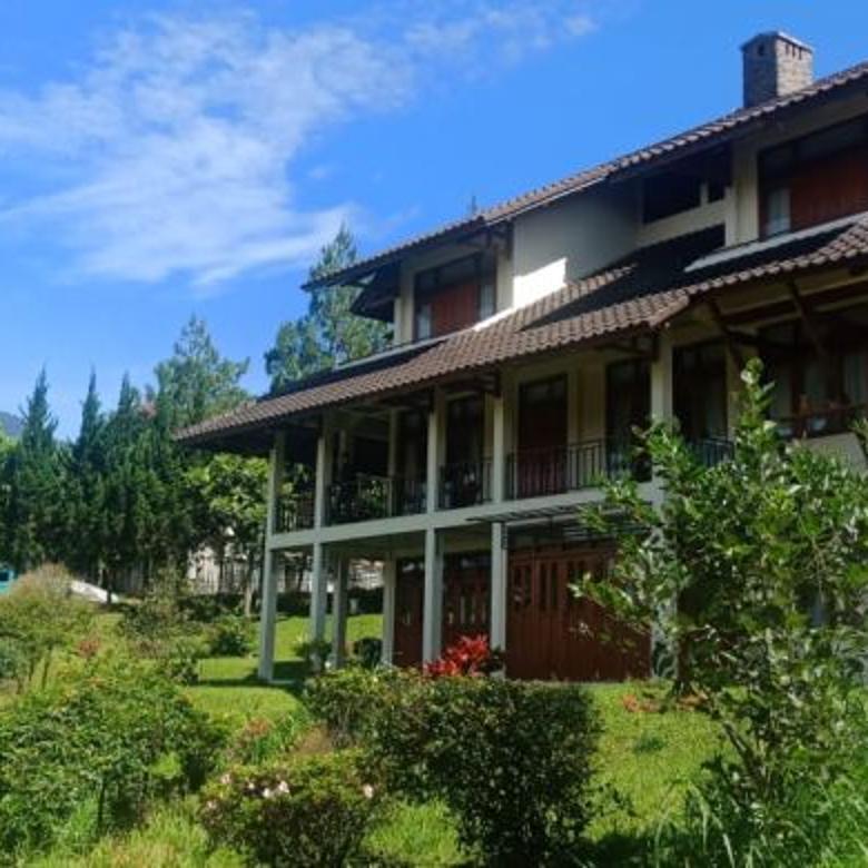 Investasi yang pasti menguntungkan membeli Vila Istana Bunga