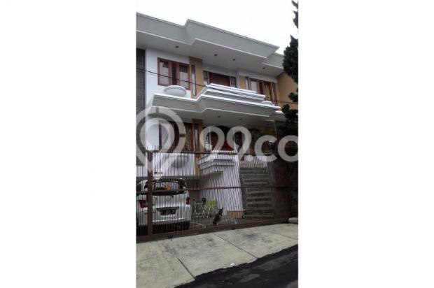 Rumah di Setra Duta 7408350