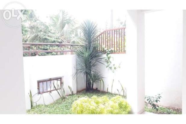 Rumah di Dalam Komplek Tebet Barat 10706472