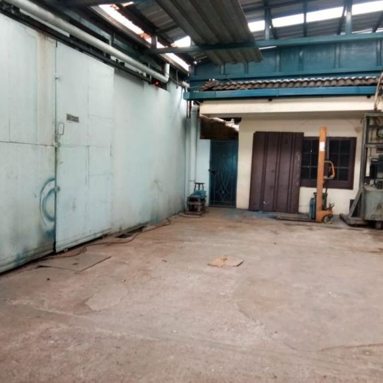 Dijual Gudang bekas pabrik dan kantor di Bintara