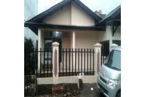 Rumah Asri dengan 3 Kamar Tidur di Jatiasih, Bekasi