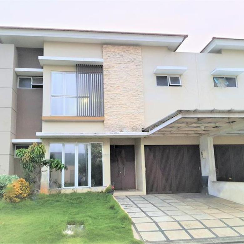 Rumah full renovasi 2lt luas 250m Type 4KT Cluster Dbanyan JGC Jakarta Garden City Cakung