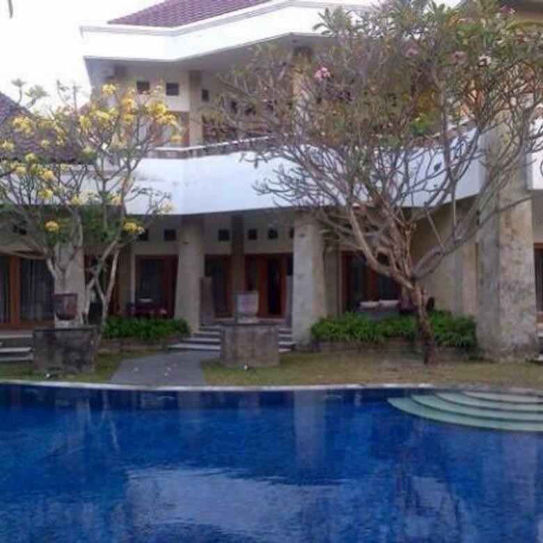 rumah mewah & luas + pool & gym pusat kota denpasar
