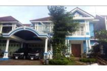 Rumah dijual di kota wisata
