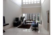 Rumah Dijual di Cipete, Siap Huni, Hadap Selatan, 4 KT, SHM, Luas Tanah 278