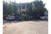 Rumah Hook Istimewa di Perum Wisma Permai, Sidoarjo