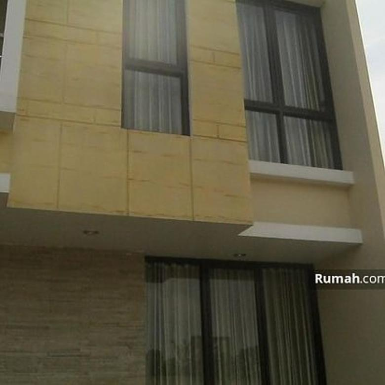 Rumah Di dalam Cluster Adora Residence Jakakarsa