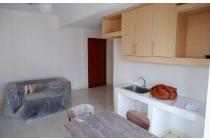 Jual Apartemen Sudirman Park 2BR Semi Furnished Lantai Sedang