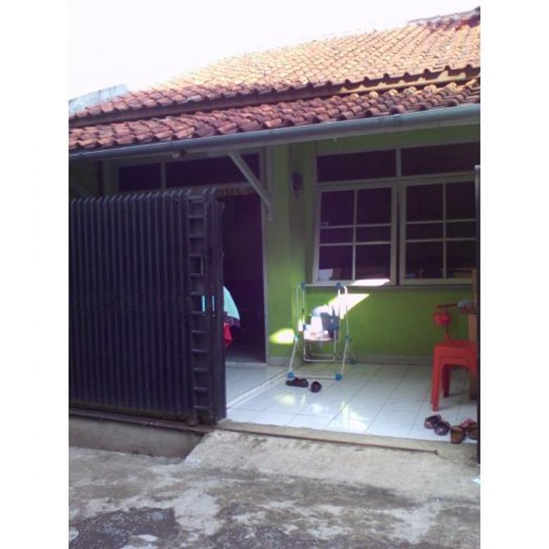Rumah di Kopo Cilampeni
