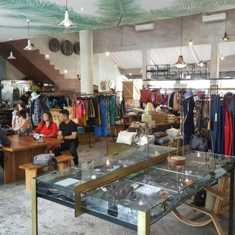 COMMERCIAL SPACE FOR LEASE IN SEMINYAK