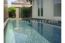 DISEWAKAN rumah Telagabodas, Swimm pool, Semarang, Rp 200jt/