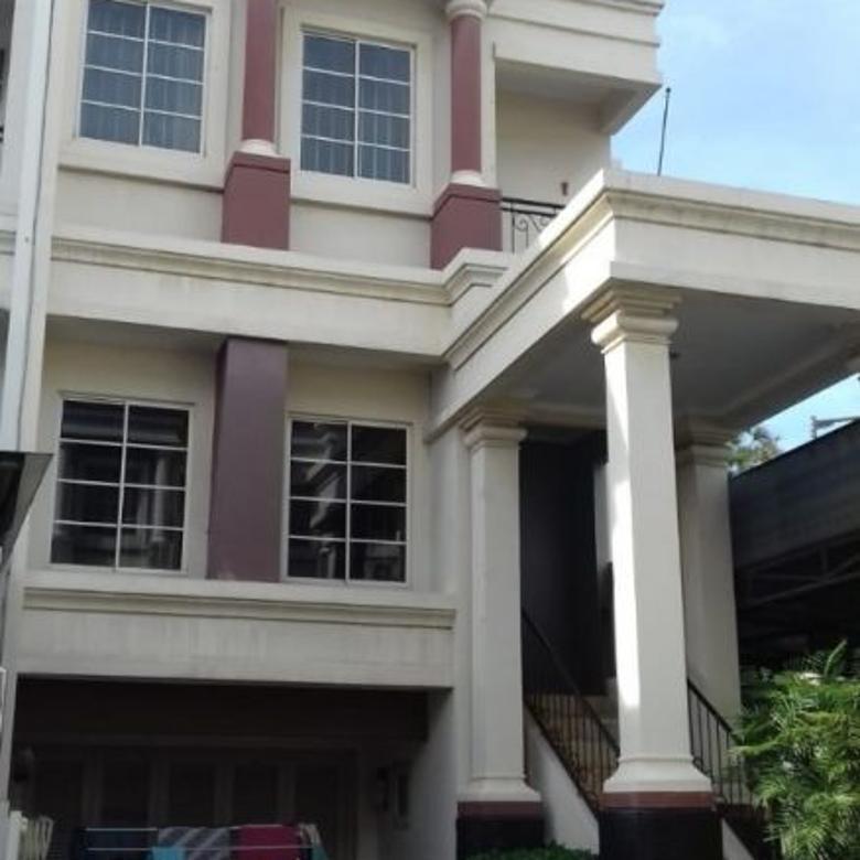 KODE :10034(Jm/Wb) Rumah Dijual Kelapa Gading, Luas 14x15 Meter