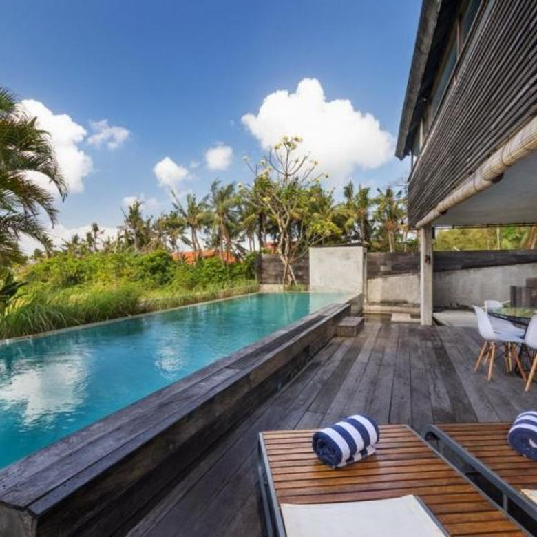 BEAUTIFUL 3 BEDROOMS VILLA  FOR RENT YEARLY