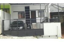 Rumah di jual CEPAT siap huni lokasi di perumahan