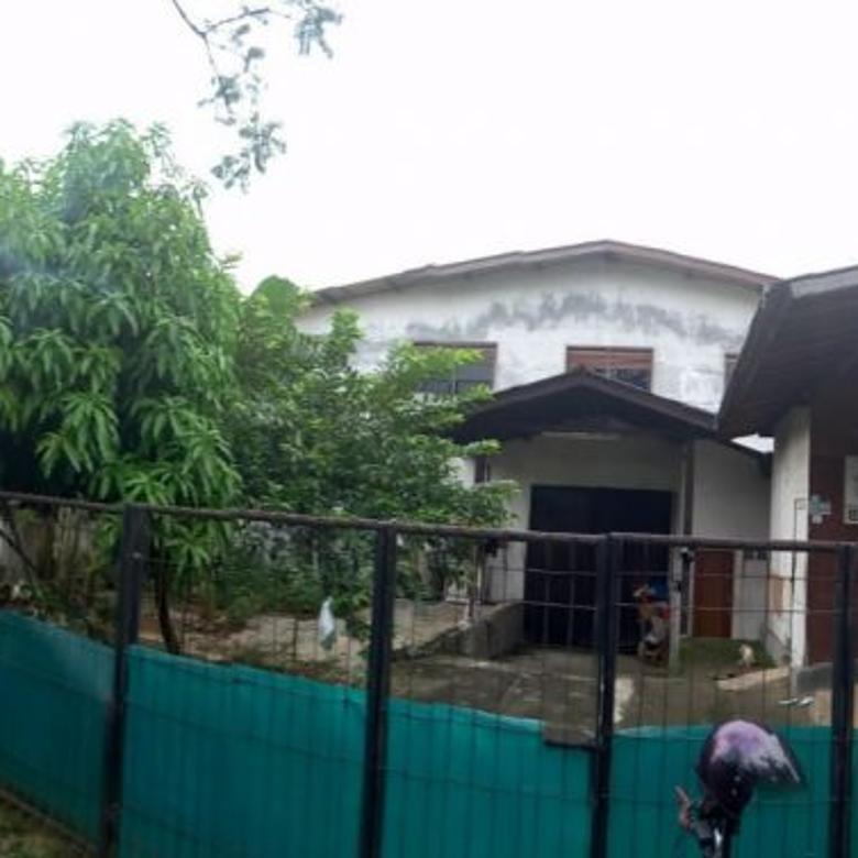 Gudang / Pabrik / Gedung cocok untuk Ruang Usaha di depan BTC