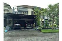 Royal Residence Parkiran mobil Luas plus Canopy Siap Huni Full Furnished