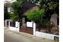 Dijual rumah lama di Ciawi 1 keb baru, Belakang KFC Gunawarman