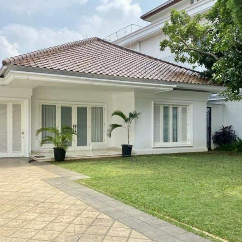 [HOUSE ] Rumah di Area Kemang Jakarta Selatan