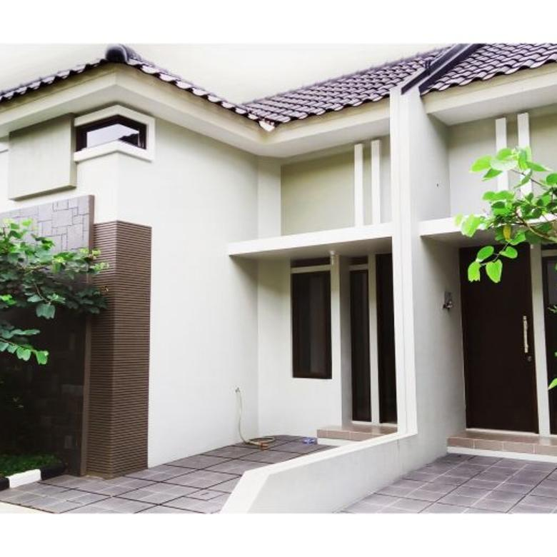 Rumah Elegan di Jl Raya Condet. Murah sekali tapi Sutet