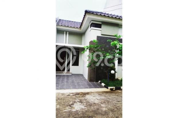Rumah Elegan di Jl Raya Condet 12064493
