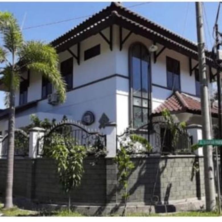 Dijual Rumah Hook istimewa 2 Lantai Babatan Pratama Wiyung Sur