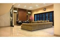 Rumah Puri Jimbaran luas tanah 400m, semi furnish, Ancol, Jakarta Utara